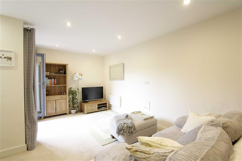 1 Bedroom Flat for sale in Rushley Way, Reading