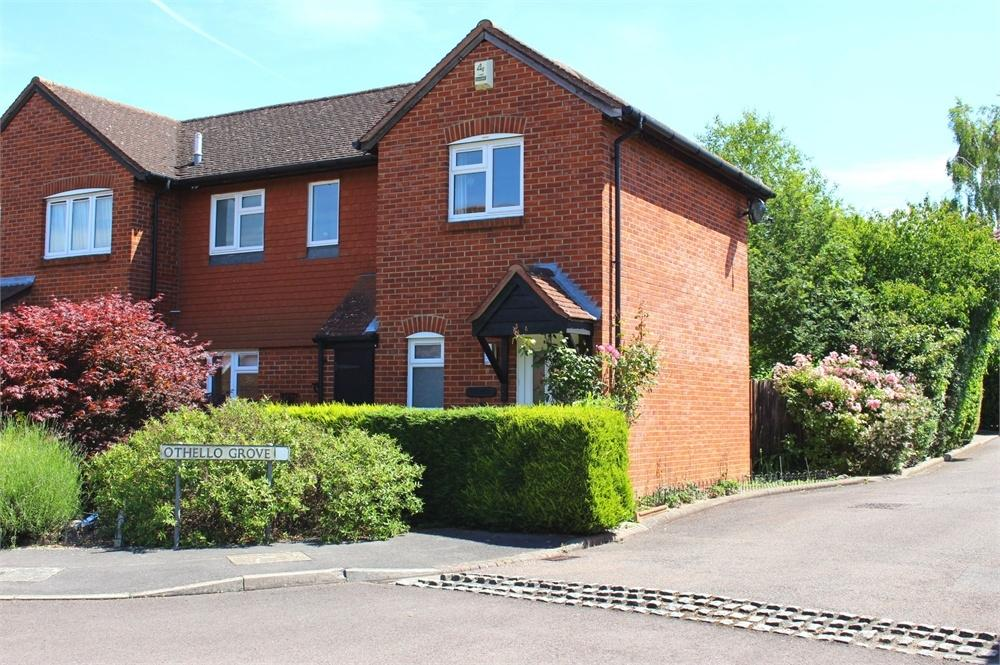 3 Bedrooms Semi Detached House for sale in Othello Grove, Warfield, Berkshire