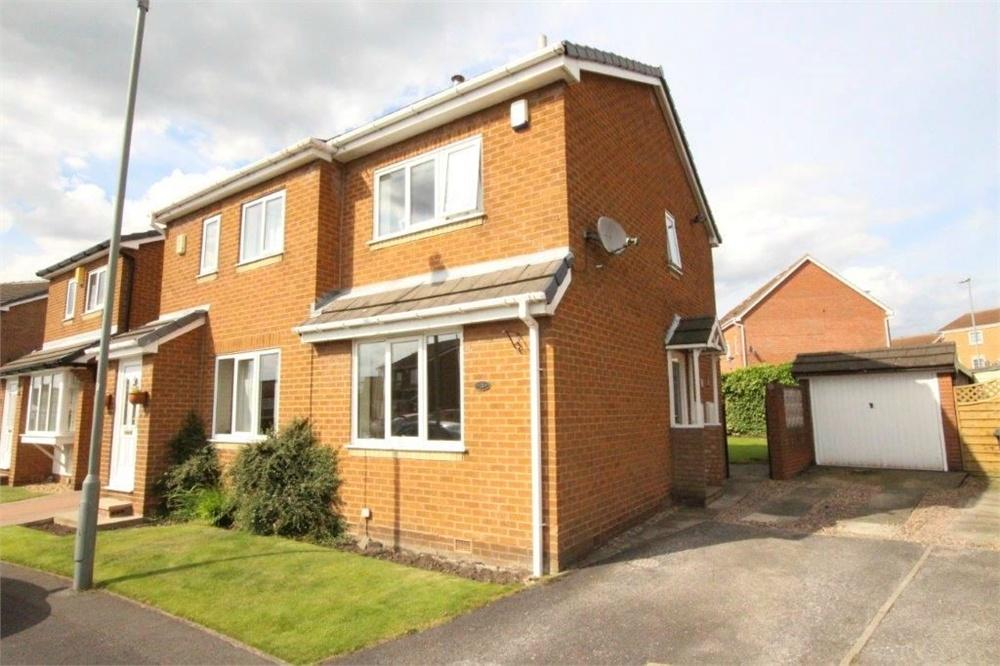 2 Bedrooms Semi Detached House for sale in Foxglove Road, BIRSTALL, West Yorkshire