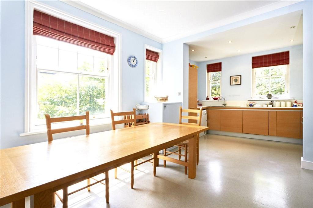 2 Bedrooms Flat for sale in Park Mansions, Prince of Wales Drive, London, SW11