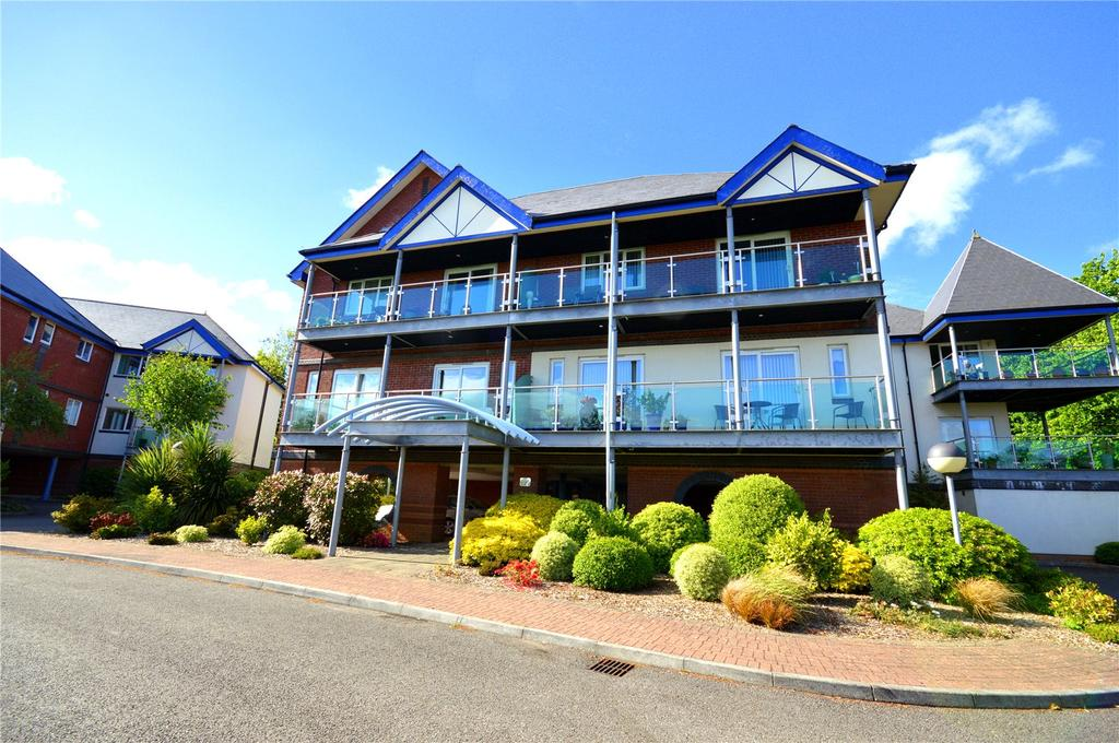 2 Bedrooms Apartment Flat for sale in Clifton House, Cyncoed Gardens, Cyncoed, Cardiff, CF23