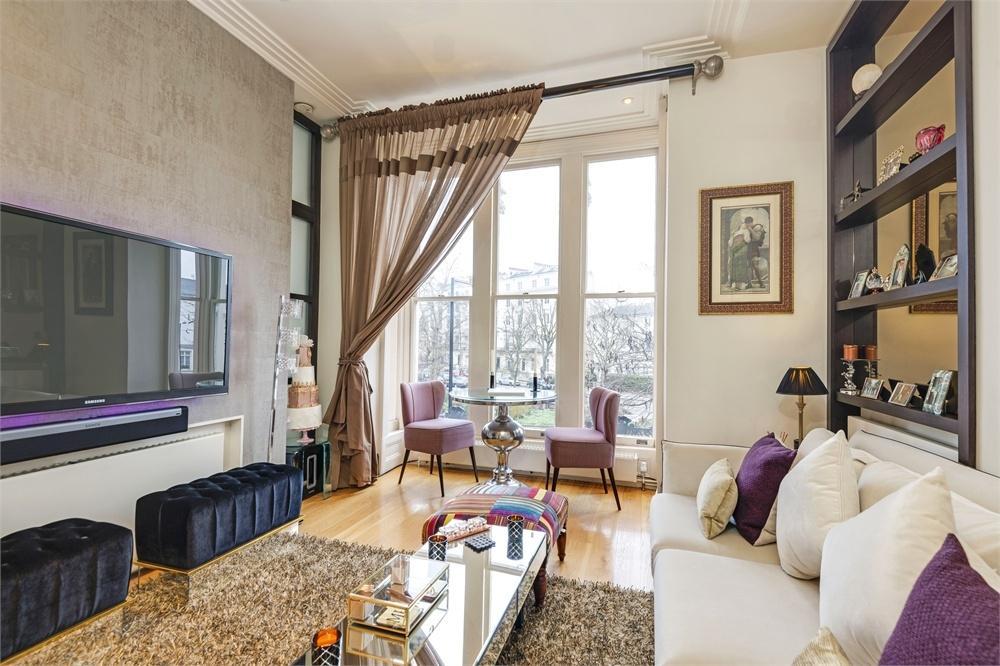 1 Bedroom Flat for sale in WARRINGTON CRESCENT, LITTLE VENICE, LONDON