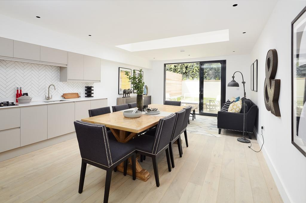 5 Bedrooms Terraced House for sale in Florence Road London SE14