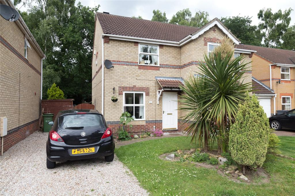 2 Bedrooms Semi Detached House for sale in Lime Tree Close, Doddington Park, LN6