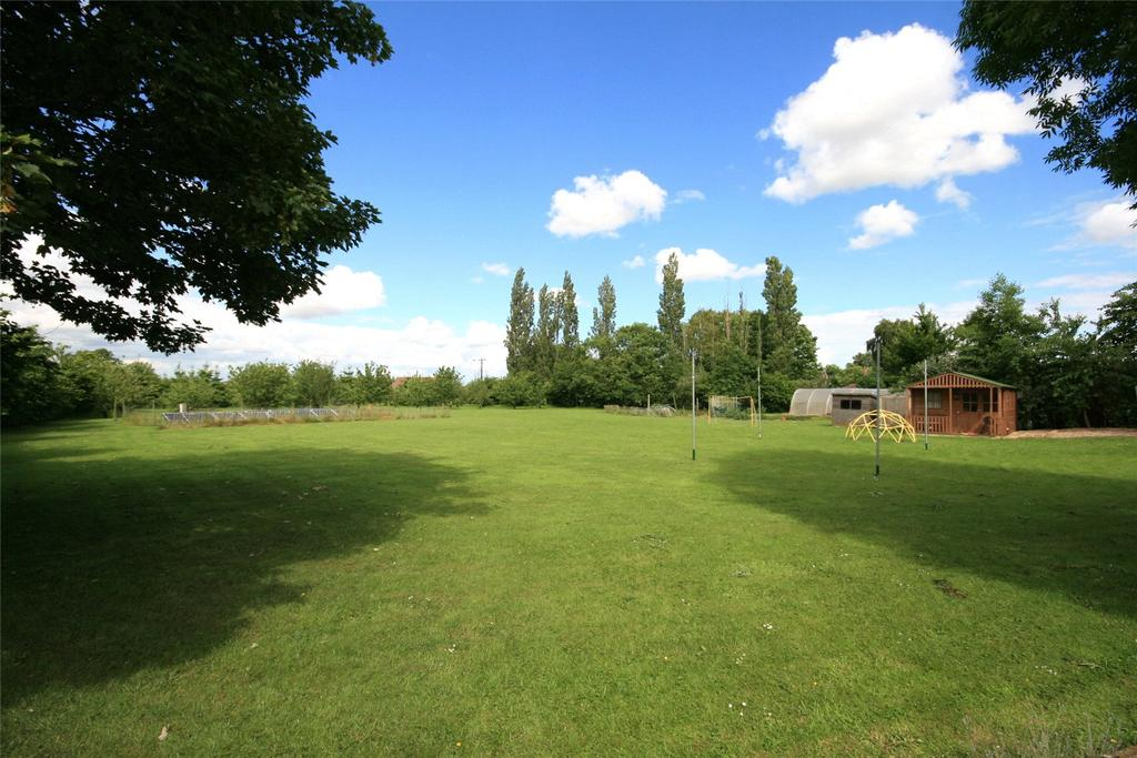 Land Commercial for sale in Yew Lodge, Wigtoft Road, PE20
