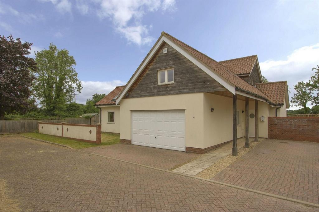5 Bedrooms Detached House for sale in The Meadows, Shropham, Norfolk