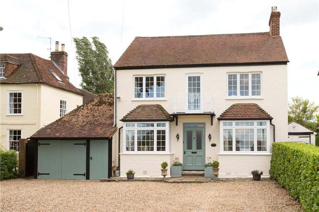 5 Bedrooms Detached House for sale in Wood Street Green, Wood Street Village, Guildford, Surrey, GU3