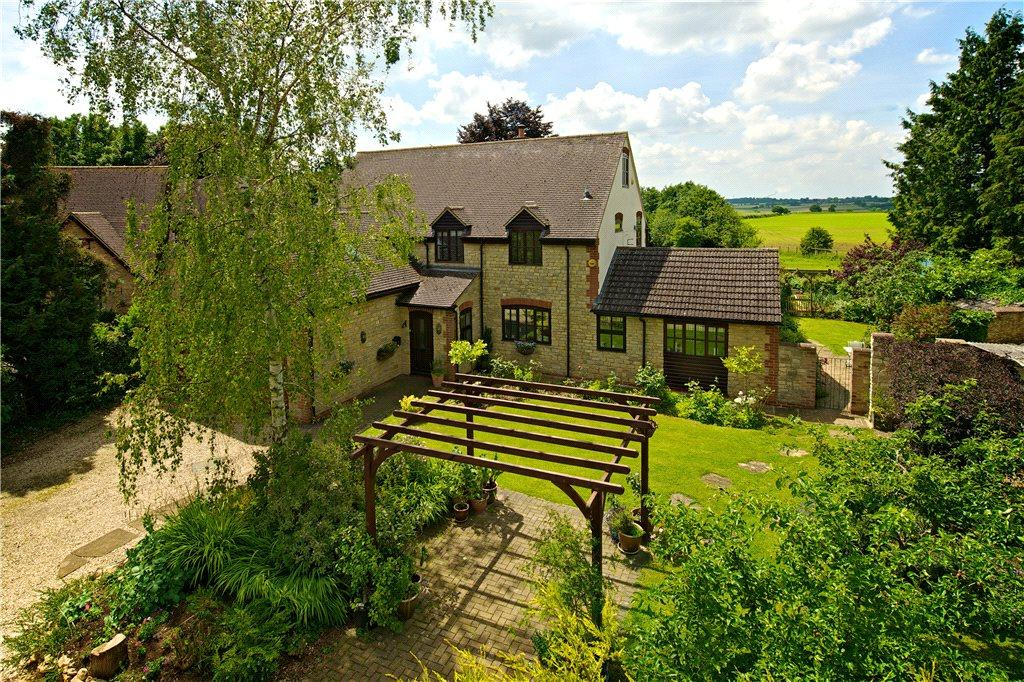 5 Bedrooms Detached House for sale in Halse, Brackley, Northamptonshire