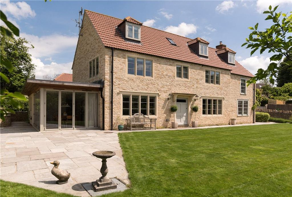 5 Bedrooms Detached House for sale in Warminster Road, Beckington, Frome, Somerset, BA11