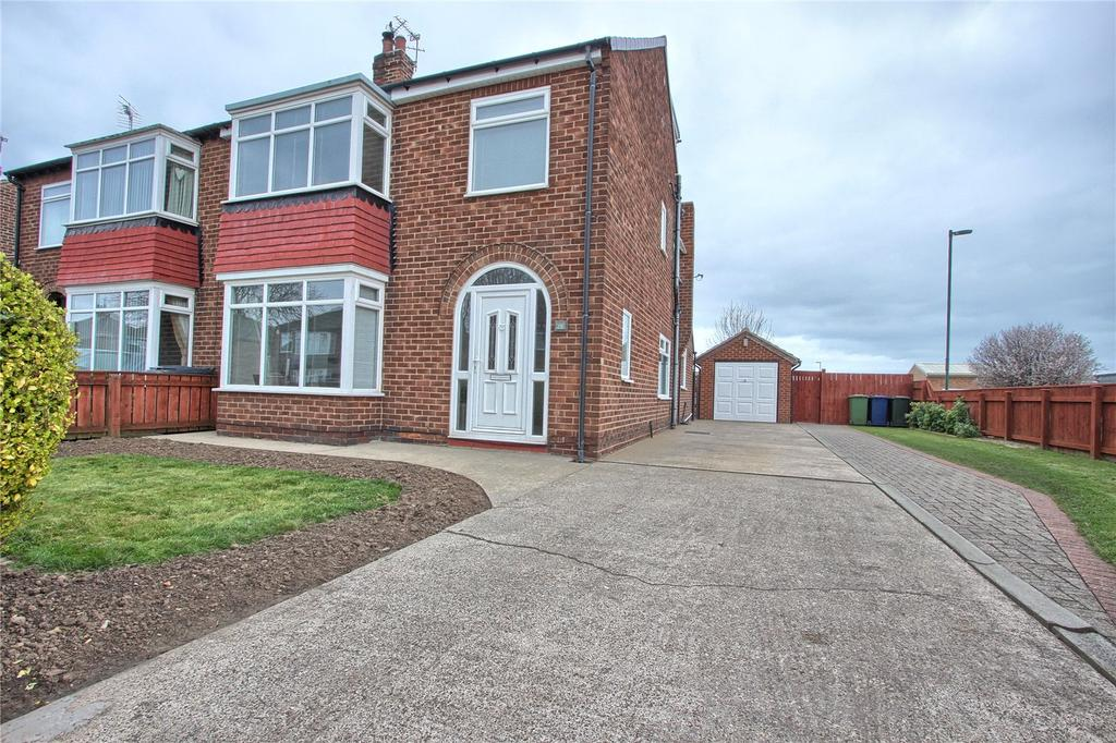 4 Bedrooms Semi Detached House for sale in Stirling Road, Redcar