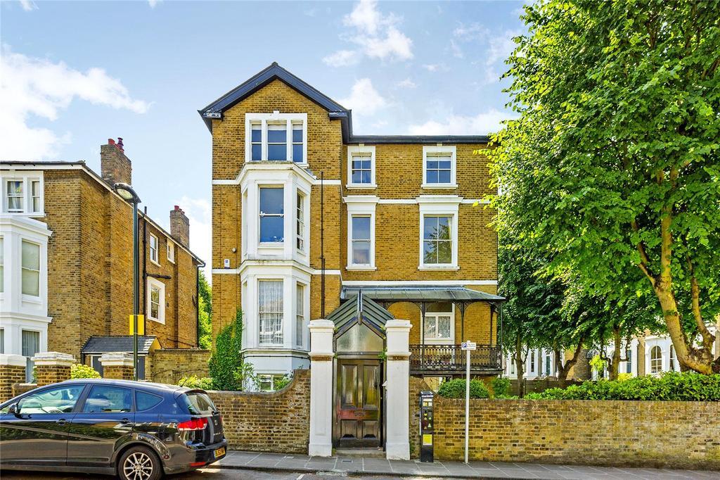 3 Bedrooms Flat for sale in Hardwicke House, 1 Chislehurst Road, Richmond, Surrey, TW10