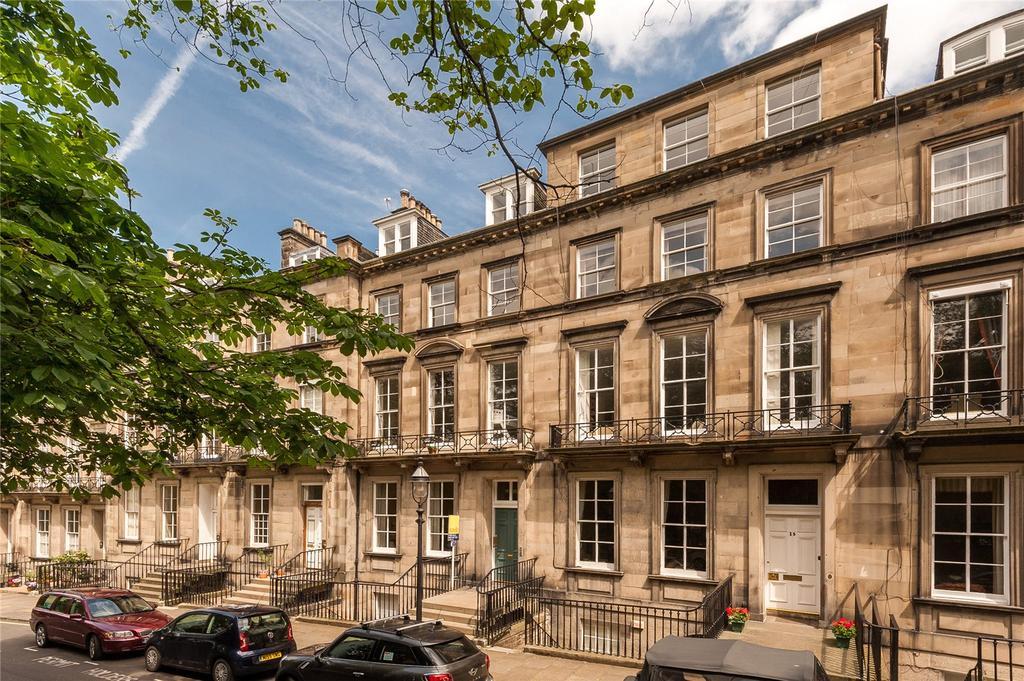 4 Bedrooms Flat for sale in 16.3 Clarendon Crescent, West End, Edinburgh, EH4