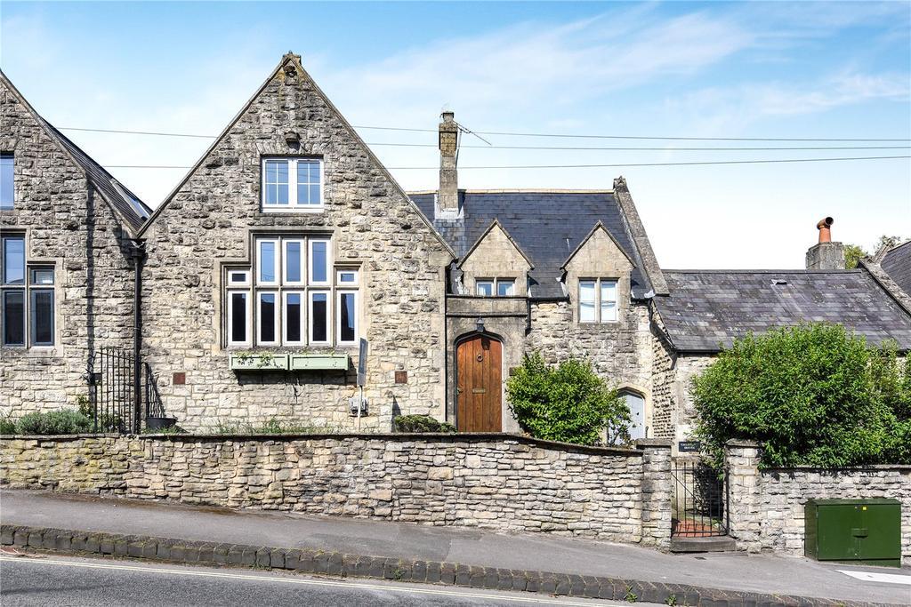 2 Bedrooms Terraced House for sale in Herd Street, Marlborough, Wiltshire
