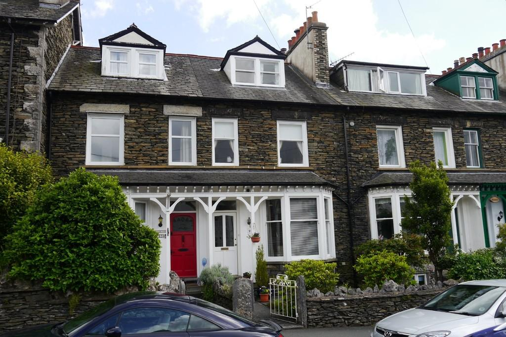 4 Bedrooms Terraced House for sale in 99 Craig Walk, Bowness-on-Windermere, LA23 2JS