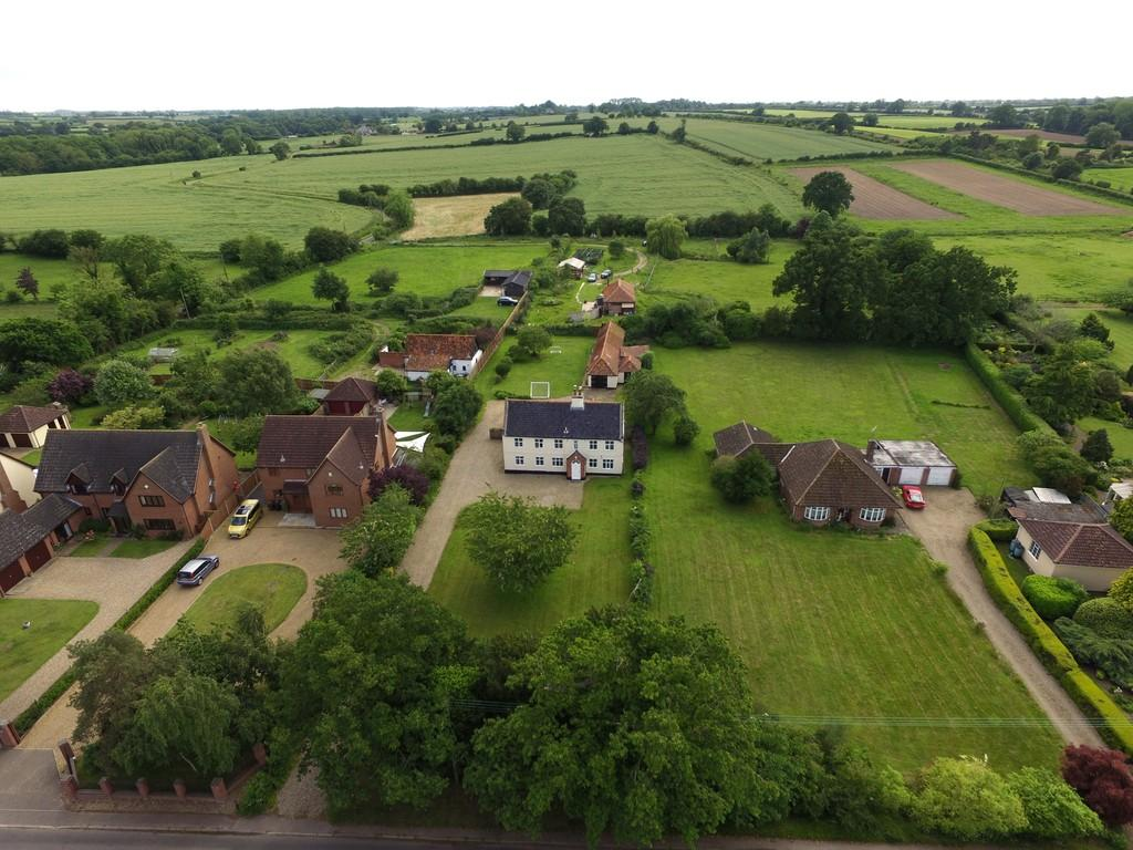 6 Bedrooms Farm House Character Property for sale in The Street, Claxton
