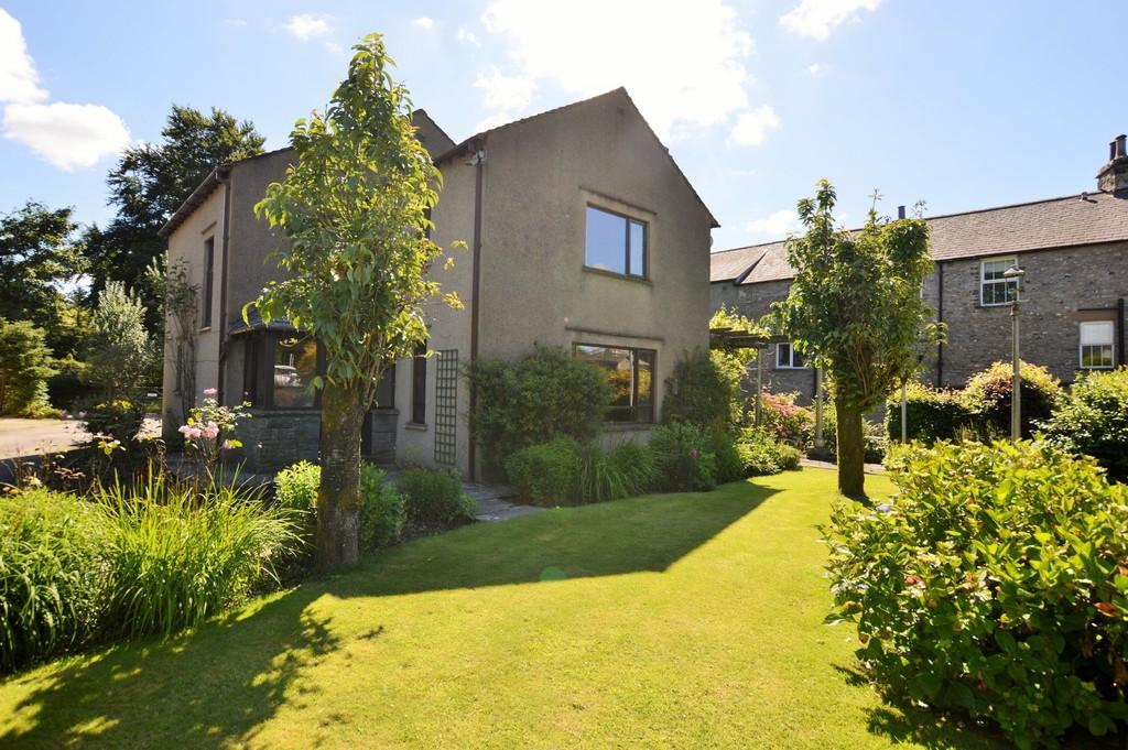 3 Bedrooms Detached House for sale in Old Hutton