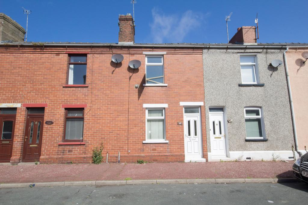 2 Bedrooms Terraced House for sale in Napier Street, Barrow-In-Furness
