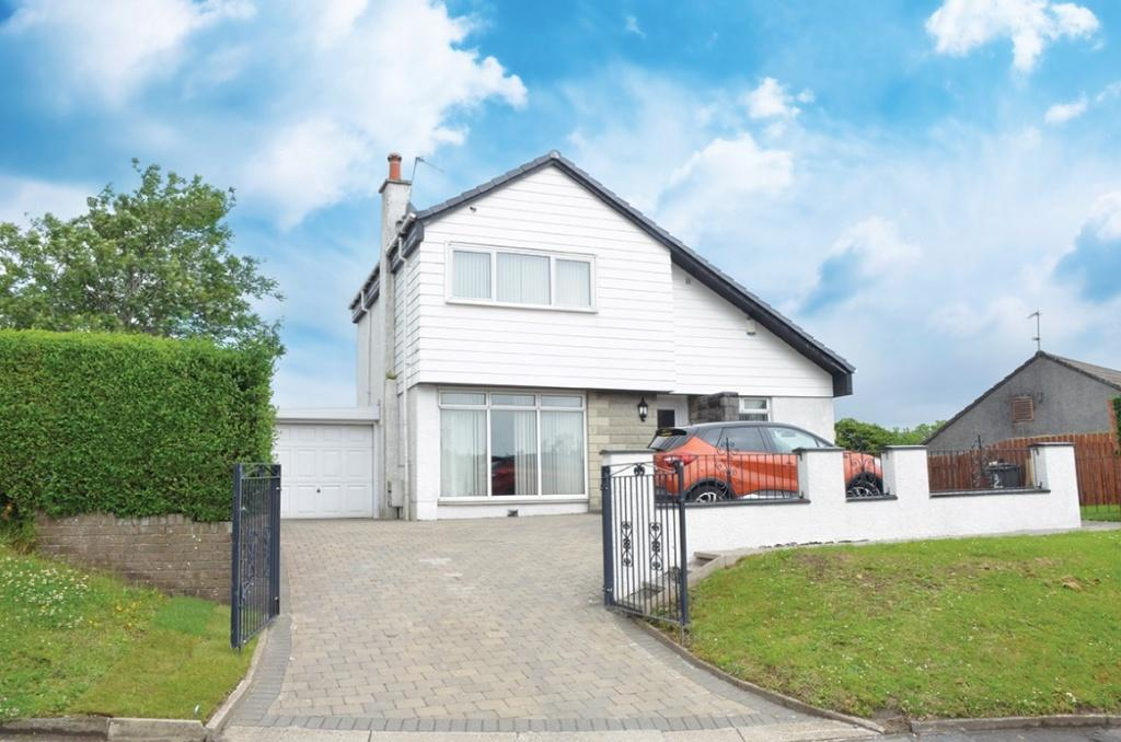 4 Bedrooms Detached House for sale in 2 Fleming Road, Houston, PA6 7EU