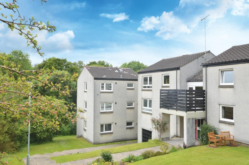 1 Bedroom Flat for sale in 6/3 The Riggs, Milngavie, G62 8LX