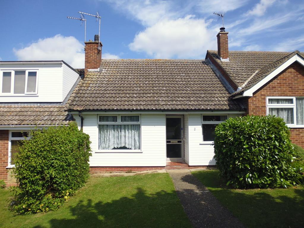 2 Bedrooms Terraced Bungalow for sale in Chelsworth Way, Stowmarket