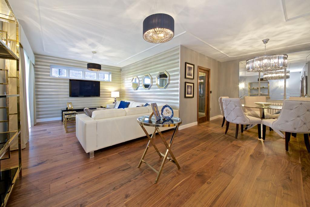 3 Bedrooms Apartment Flat for sale in Avenue Road, London, NW8