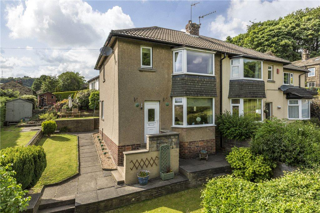 3 Bedrooms Semi Detached House for sale in Keighley Road, Harden, Bingley, West Yorkshire