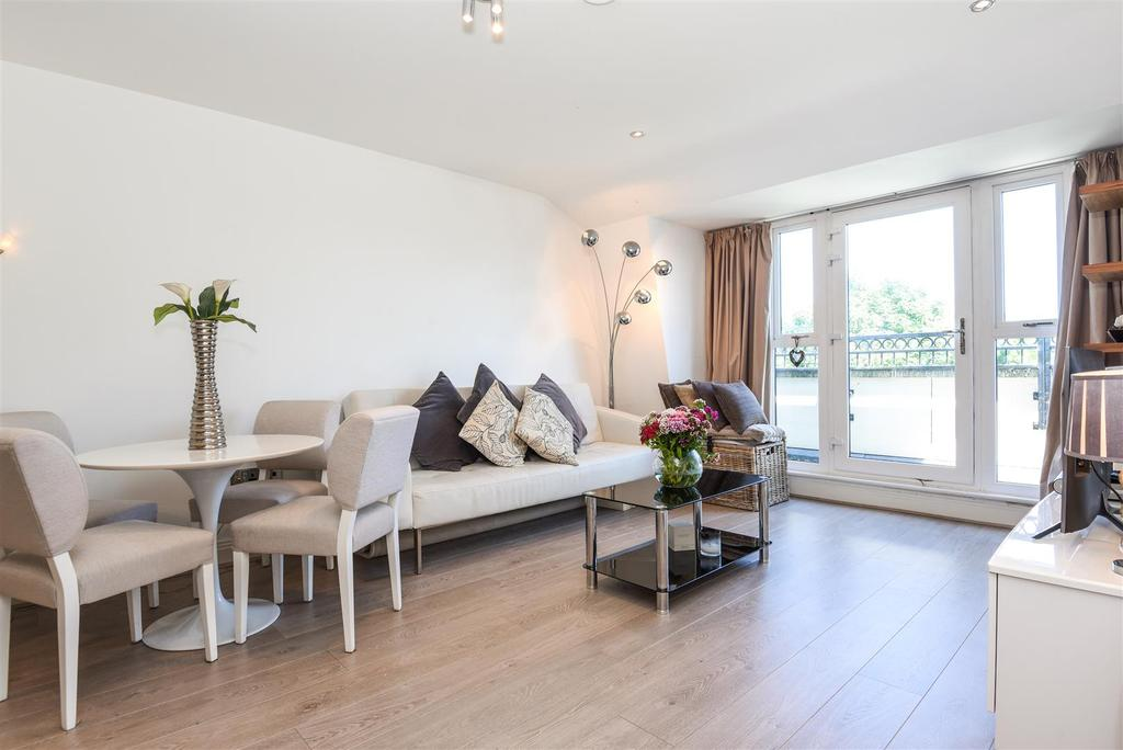 2 Bedrooms Flat for sale in Lincoln Lodge, Wadham Mews, London