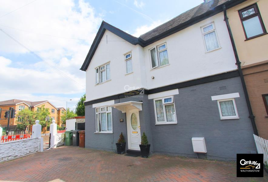 3 Bedrooms House for sale in Semi Detatched House, Billet Road, London E17