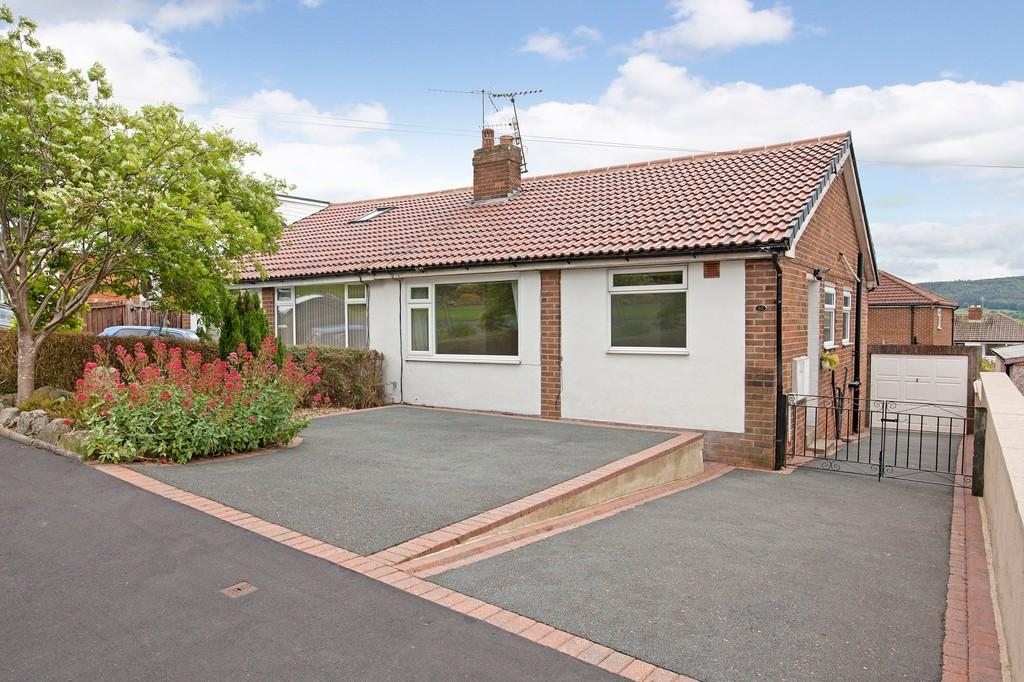 3 Bedrooms Semi Detached Bungalow for sale in The Whartons, Otley