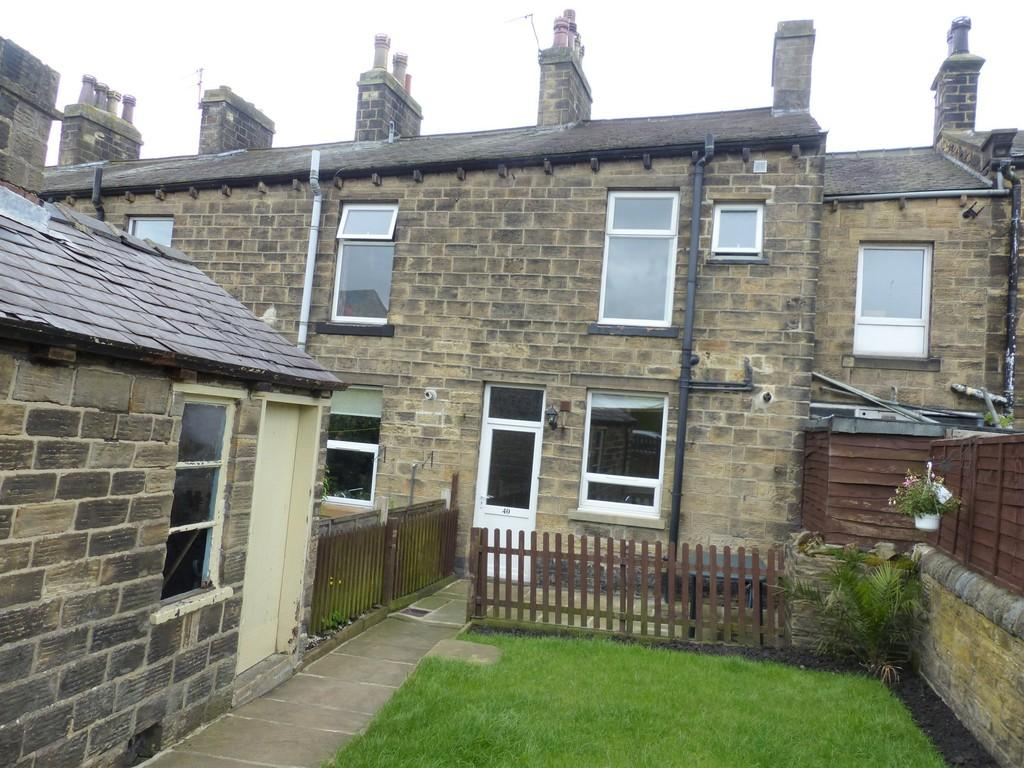 3 Bedrooms Terraced House for sale in Aire View, Silsden