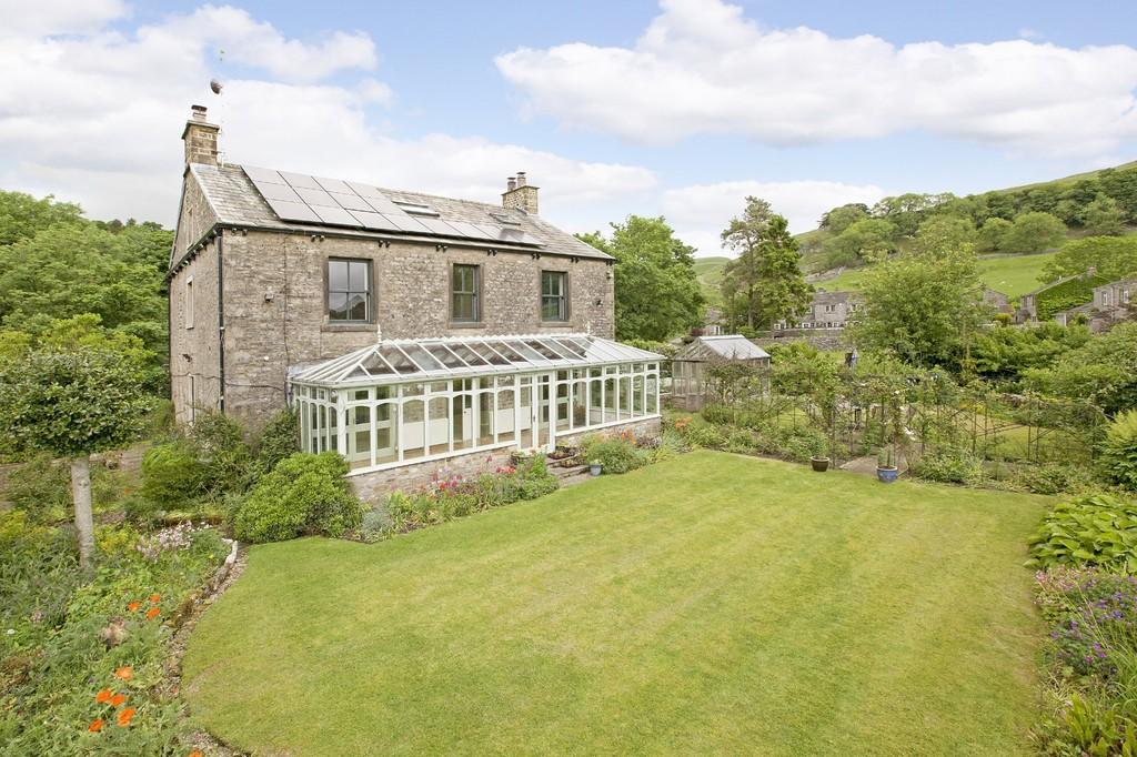 5 Bedrooms Detached House for sale in Langcliffe House, Kettlewell