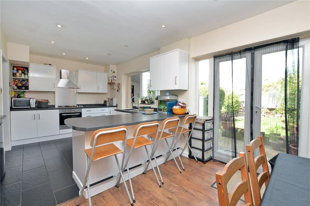 3 Bedrooms Terraced House for sale in Tudor Drive, Morden, SM4