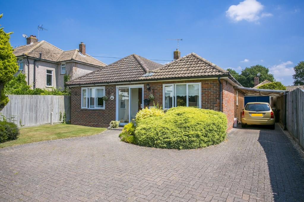 2 Bedrooms Detached Bungalow for sale in Matfield