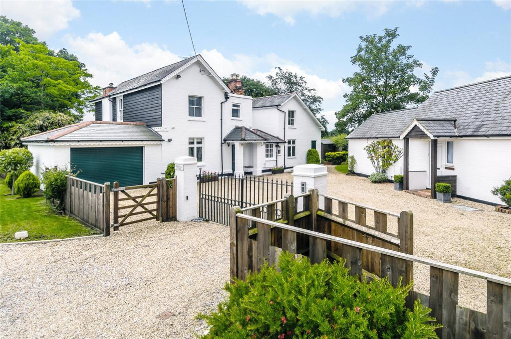4 Bedrooms Detached House for sale in Winkfield Row, Winkfield Row, Bracknell, Berkshire