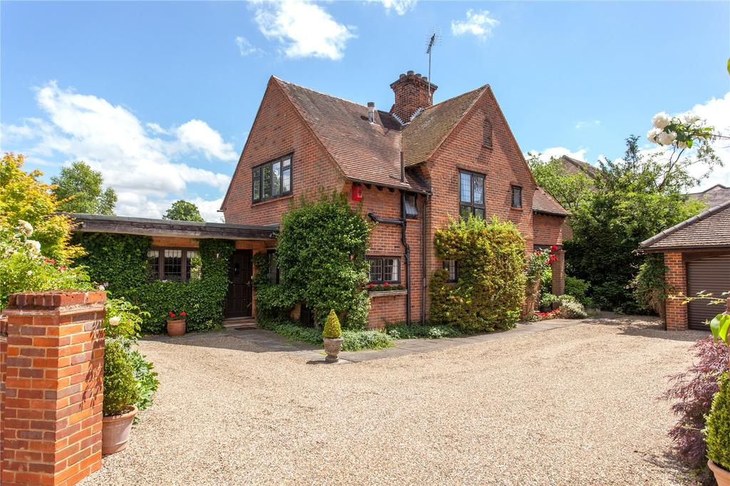 5 Bedrooms Detached House for sale in Sandelswood End, Beaconsfield, Buckinghamshire