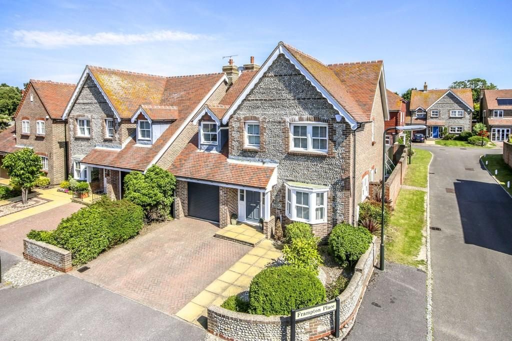 4 Bedrooms Detached House for sale in Shoreham-by-Sea