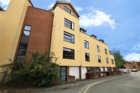 2 bedroom flat to rent - Nelson Mews, St. Giles Close, Reading, Berkshire, RG1