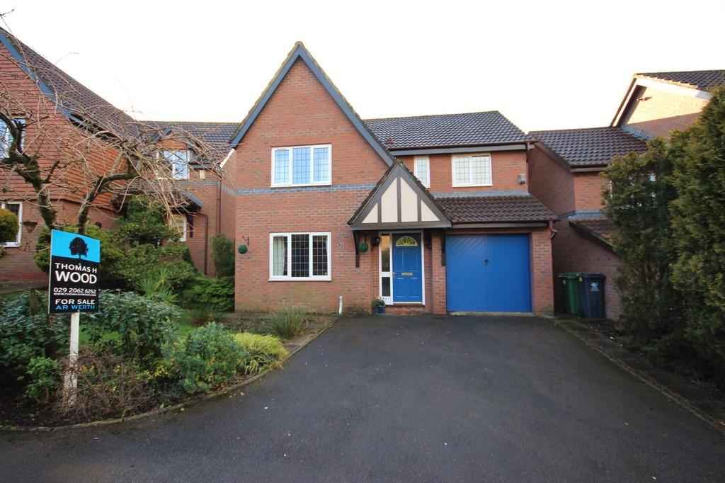 4 Bedrooms Detached House for sale in Maes Y Draenog, Tongwynlais, Cardiff