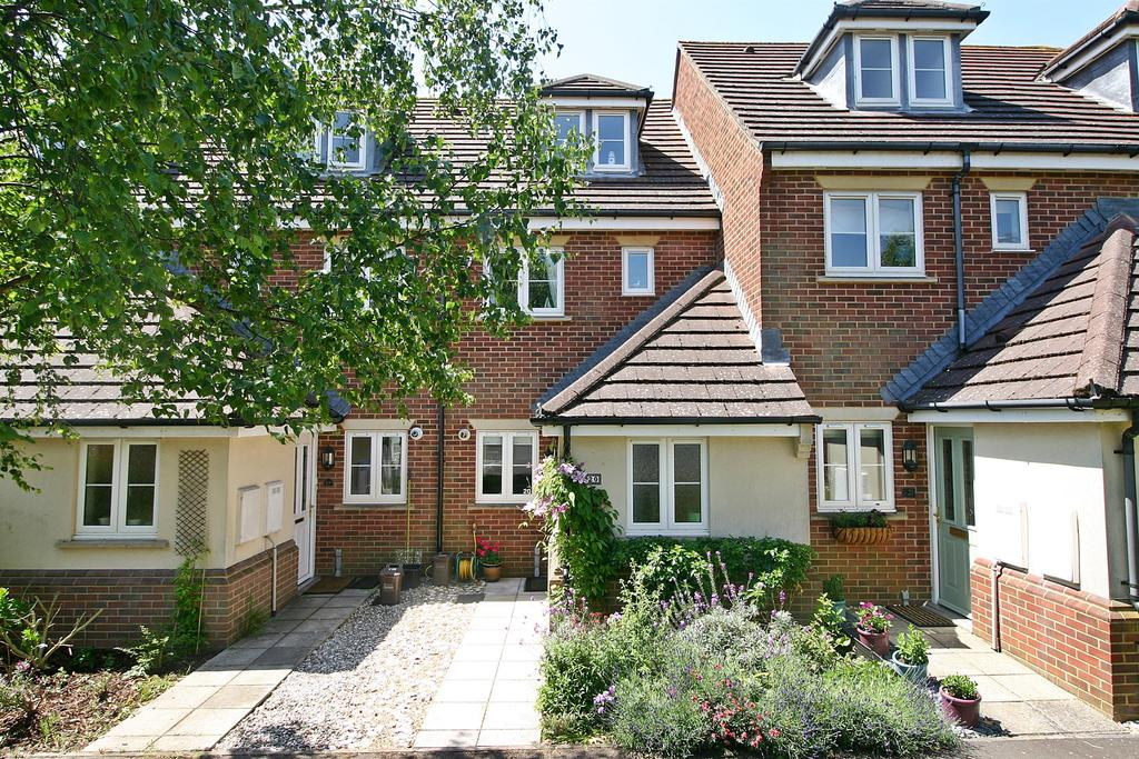 3 Bedrooms Terraced House for sale in Walker Place, Hamble, Southampton, SO31 4RL