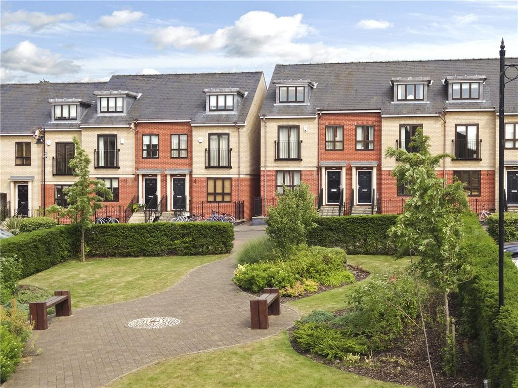 4 Bedrooms End Of Terrace House for sale in St. Bartholomews Court, Riverside, Cambridge, CB5