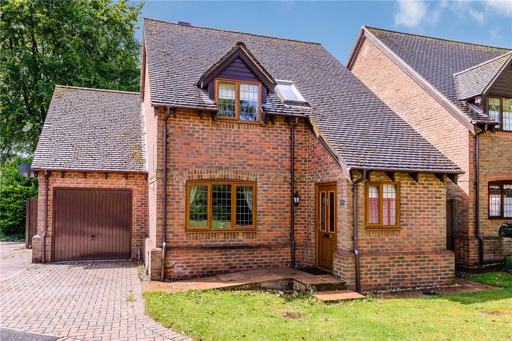 3 Bedrooms Detached House for sale in Norris Gardens, South Wonston, Winchester, Hampshire, SO21