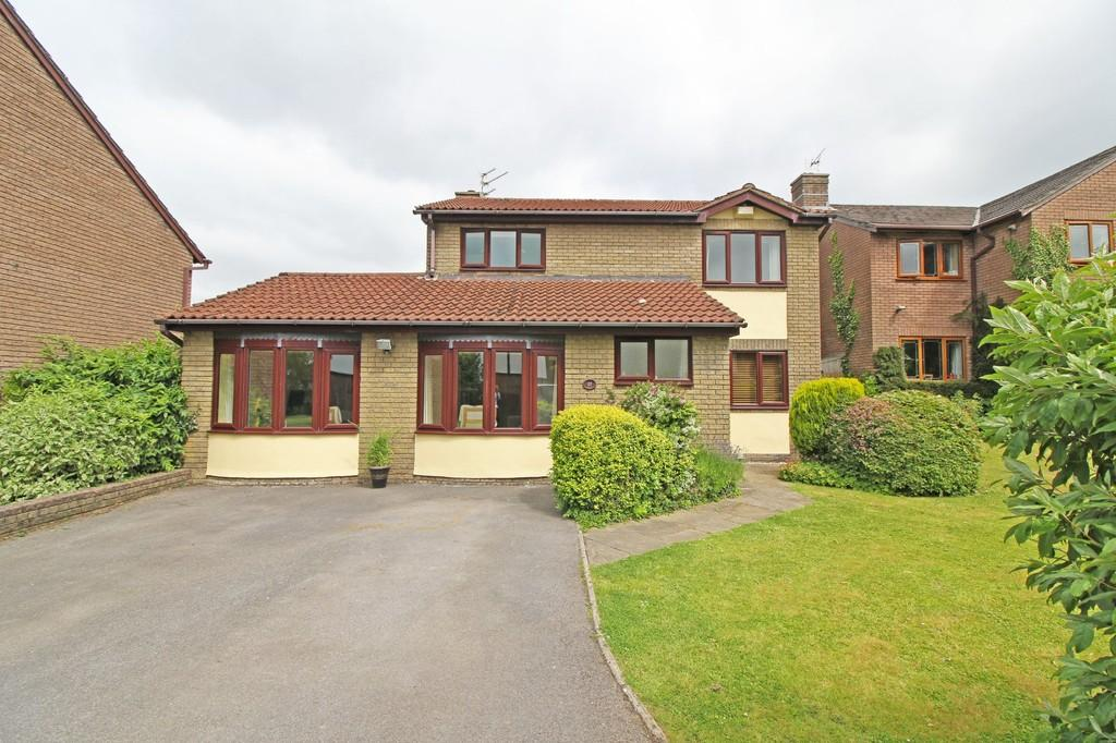 4 Bedrooms Detached House for sale in Troed Y Garth, Pentyrch