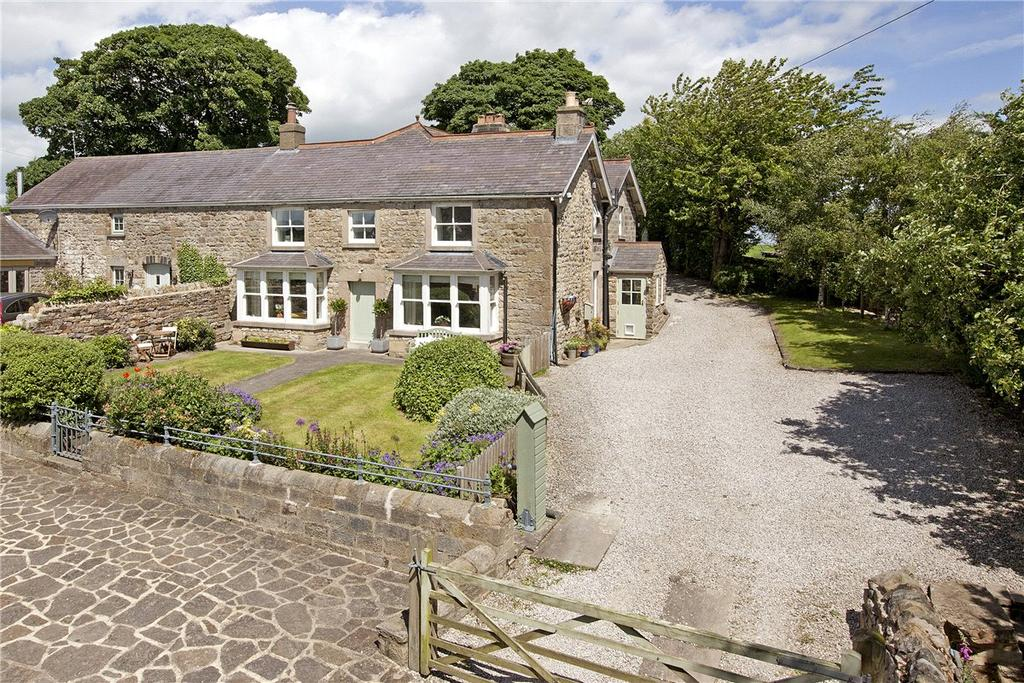 4 Bedrooms Semi Detached House for sale in Mount Pleasant Farm, Skipton Road, Hampsthwaite, Near Harrogate, HG3