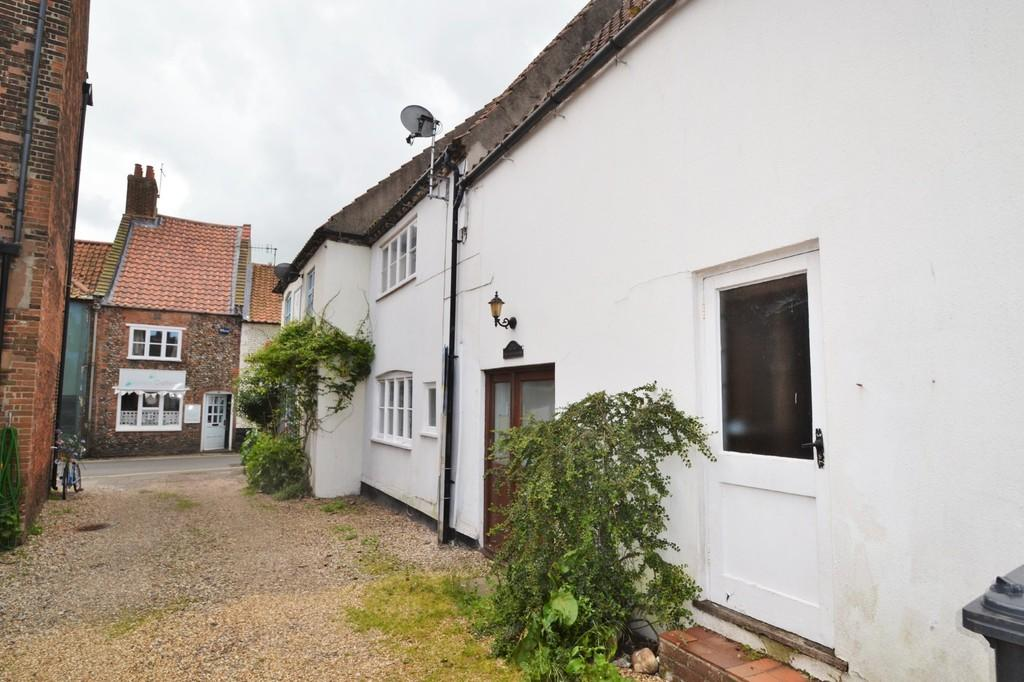 3 Bedrooms Terraced House for sale in Holt