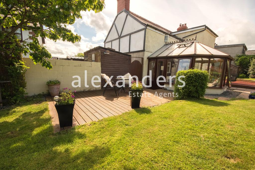 3 Bedrooms Cottage House for sale in Blaenplwyf