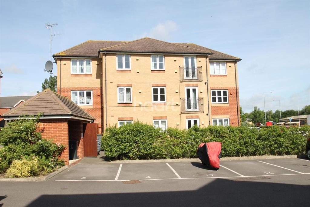 1 Bedroom Flat for sale in Twickenham Close,Dorcan