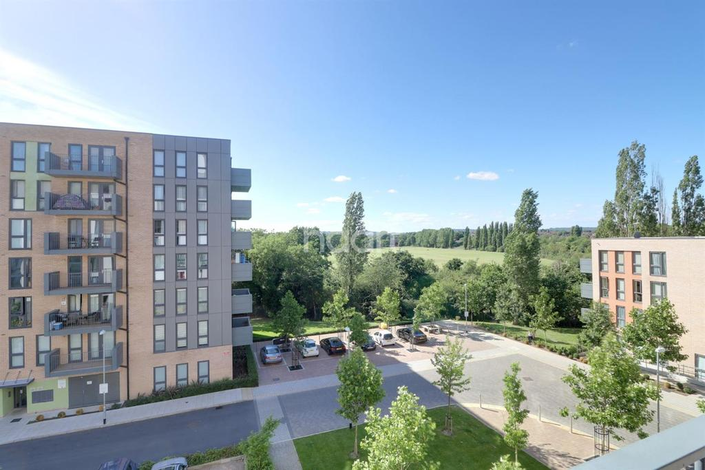 3 Bedrooms Flat for sale in Felix Court, Charcot Road, Colindale, NW9