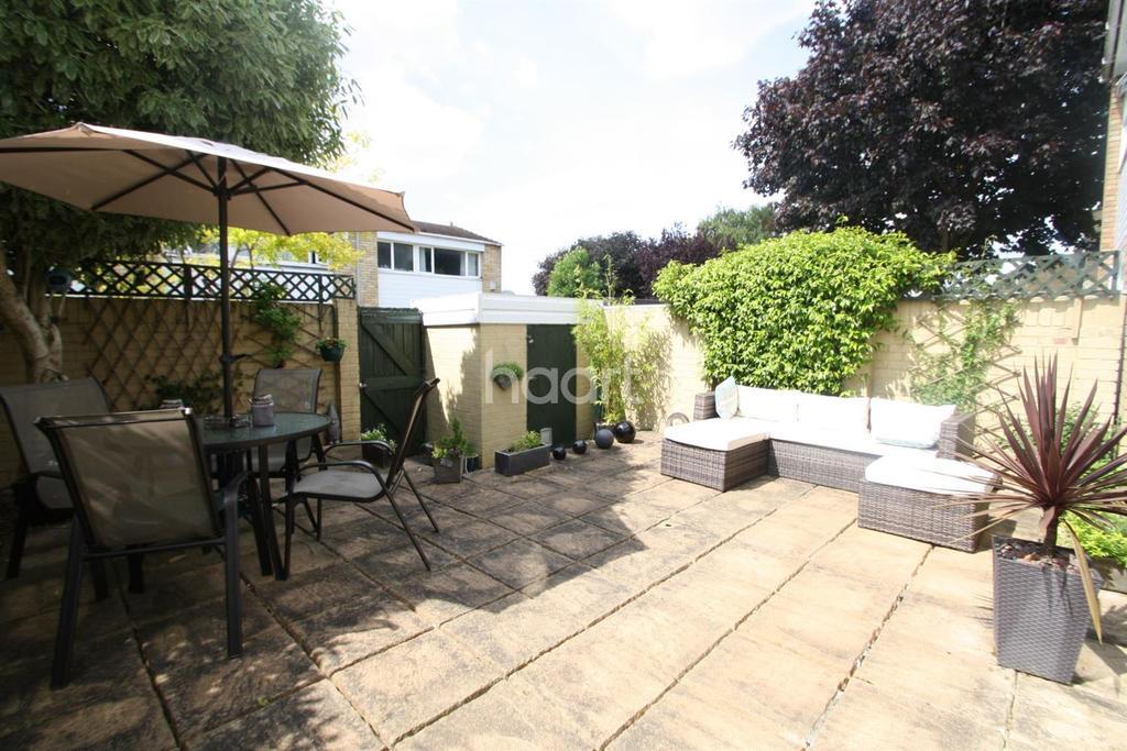 3 Bedrooms Terraced House for sale in Stapleton