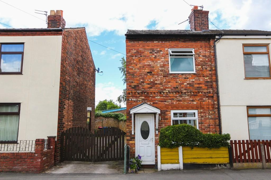 2 Bedrooms Detached House for sale in 12 Silver Street Irlam