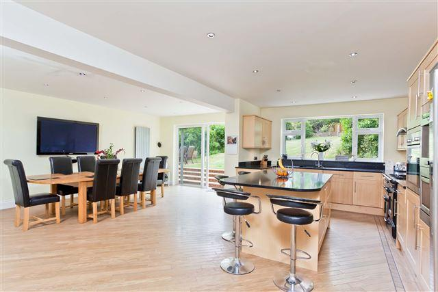 7 Bedrooms Detached House for sale in Woodland Drive, Hove